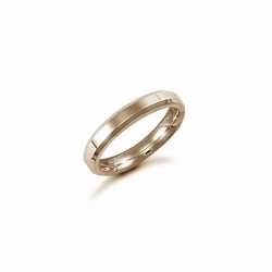 3mm Plain Bevel Wedding Ring 18ct Yellow