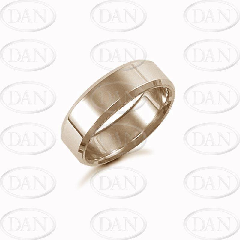7mm Plain Bevel Wedding Ring 18ct Yellow